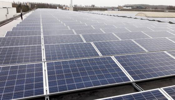 De renovatie van uw dak financieren met uw fotovoltaïsche installatie. Het is mogelijk!