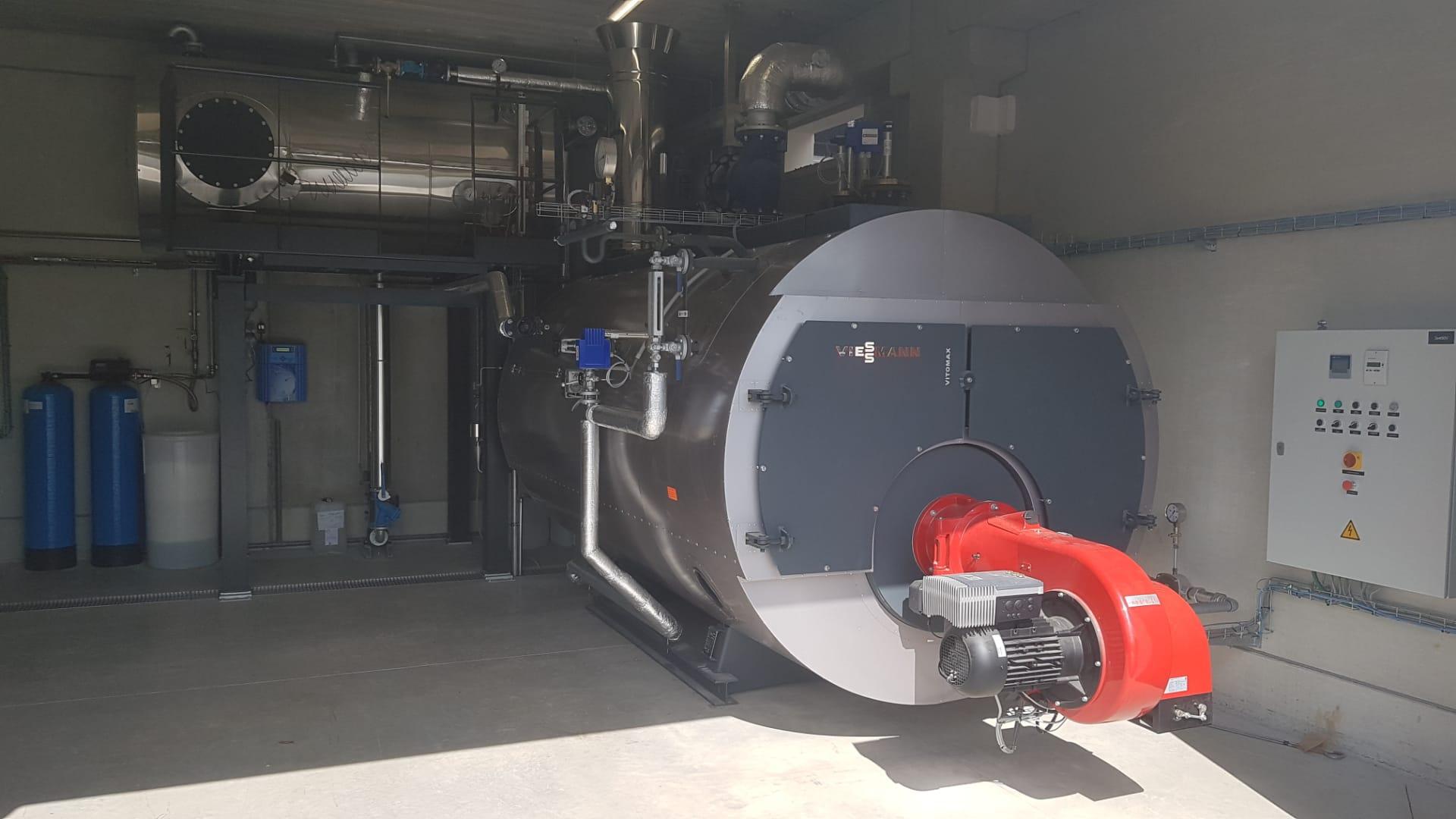 Installatie van een aardgasketel in de Brasserie du Val de Sambre